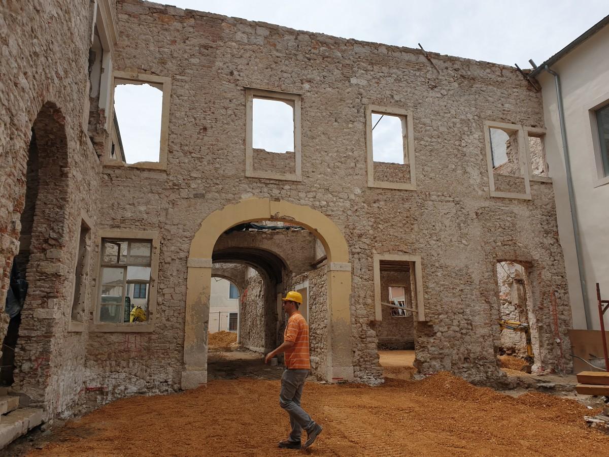 Održan 30. gradilišni sastanak za izvođenje radova na Providurovoj palači